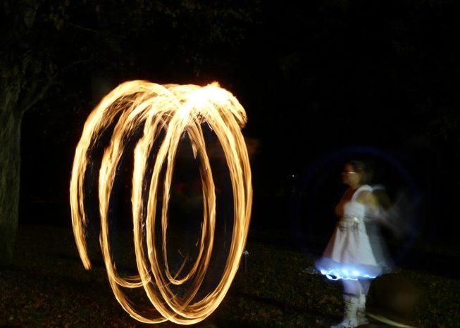 Feuershow: Fräulein Holle